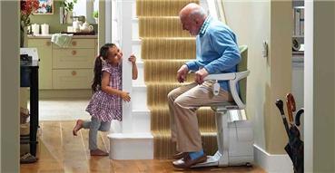 清洁家用座椅电梯的方法